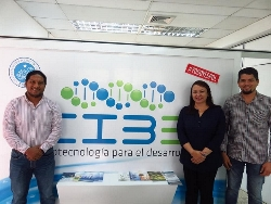 IV International Congress of Biotechnology and Biodiversity - Dr. Yelitza Colmenarez (CABI) and IOBC NTRS Representative at the CIBE with specialists from ESPOL, Ecuador